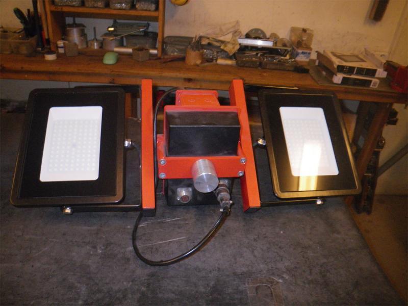 Одно-координатные и двух-координатные поворотные устройства с питанием 12 (24)В