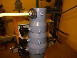Компания освоила производство пневматической мачты  с  со спиральным силовым кабелем  внутри
